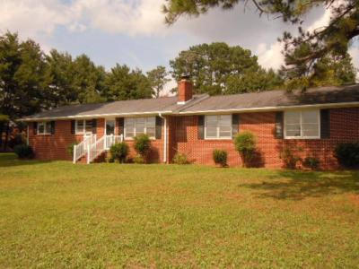 3 Bedroom. 2 Bath House on 1.097± Acre Lot at 4434 Hwy 24 Anderson, SC